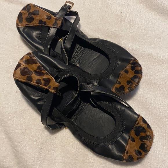 Yosi Samra 8 black leopard ballet flat. No box
